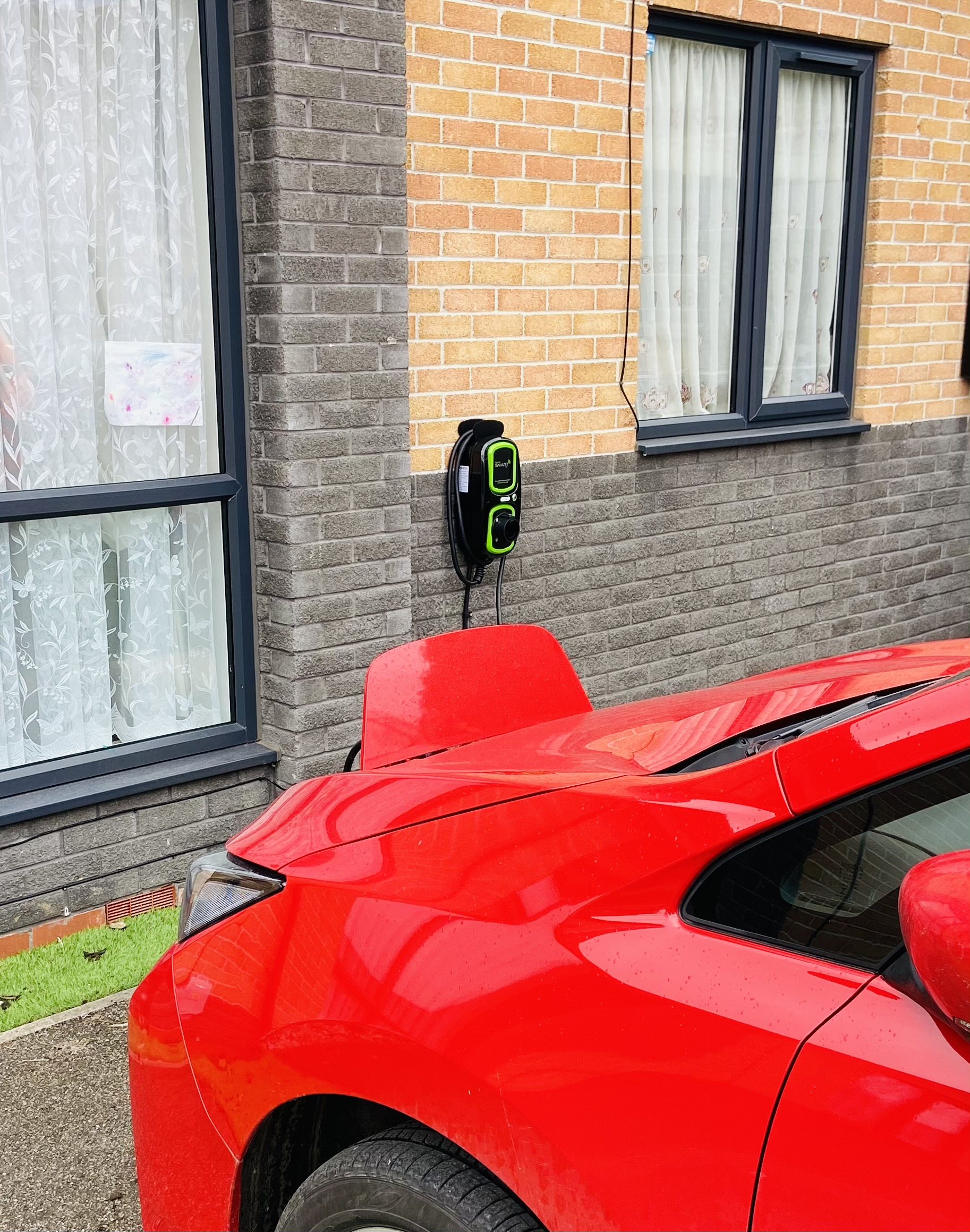 Rolec charging points can help you save money and charge your vehicle