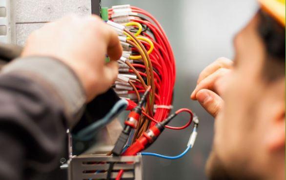Commercial Electricians & Electrical Contractors